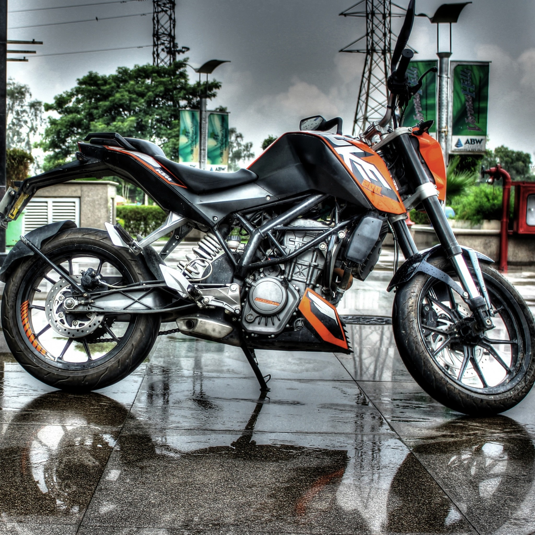 DUKE 200 Hdr Bike Photography