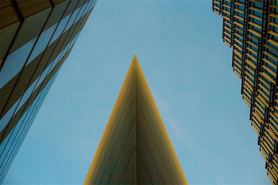 #symmetry #shapes #edge pattern #london