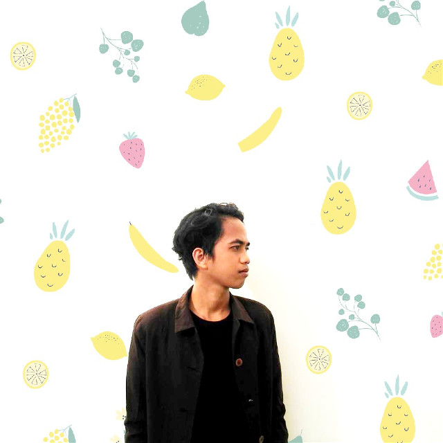 @ponda_ronalda #photography #popart #madewithpicsart #wallart #walls #concept #portrait #photo #yellow #banana   #colorful #freetoedit #summer #people
