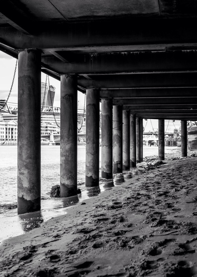 Traces #black&white #traces #sand