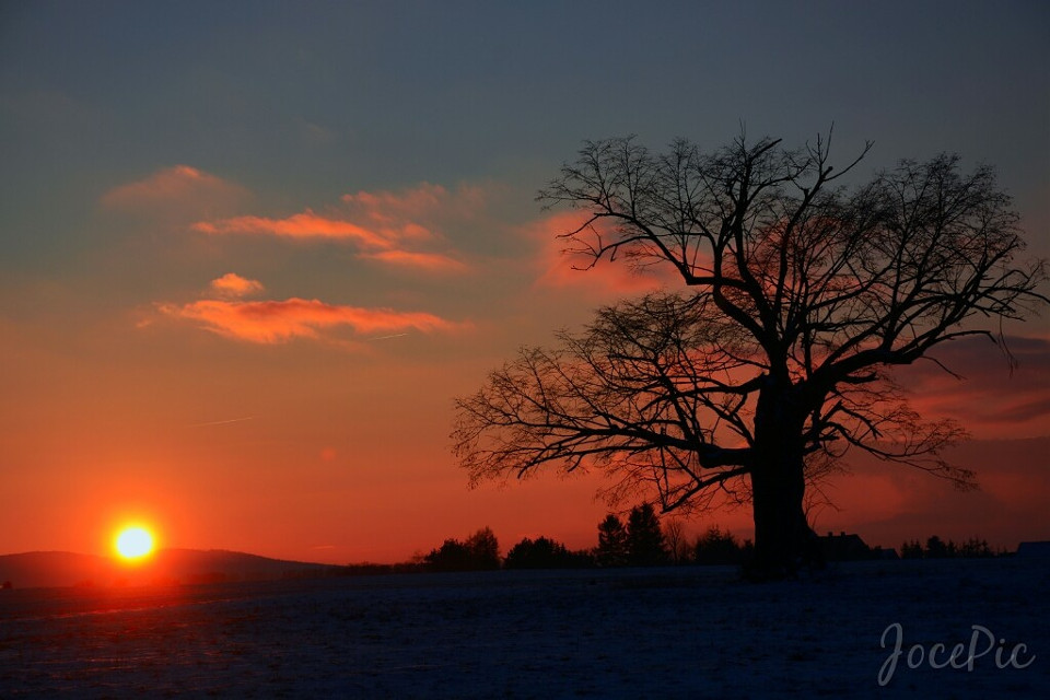 S U N S E T Der heutige Sonnenuntergang ... Und habe mich mal am Photoshop probiert. Das ist rausgekommen. ;)  #photography #photoshop