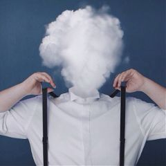 lowcontrast headless explosion cloud selfie
