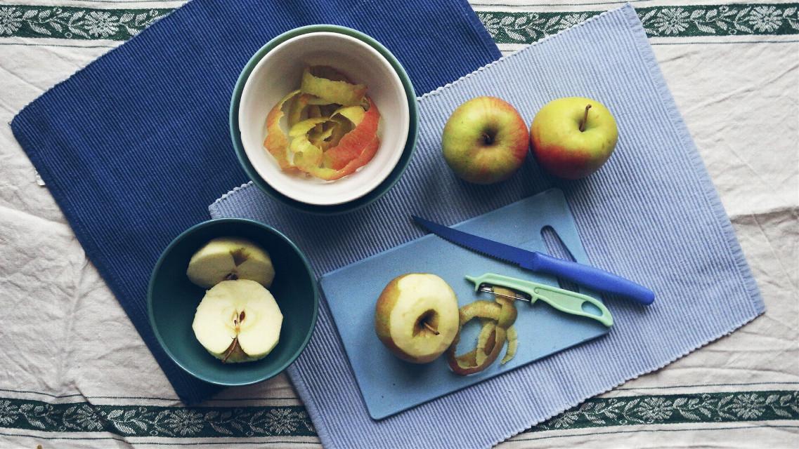 #breakfast   #apple  #apples  #blue  #photography  #food   #colorful #colorsplash  #dodgereffect  #dodger  #freetoedit  #homemade
