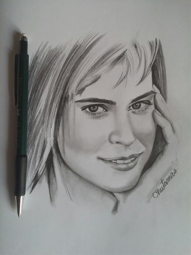 #drawing  #blackandwhite  #lightandshading  #pencilart  #sketch book #woman  #beautiful 😍🌹🌷🌸💐