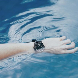 water photography cool hand inframe