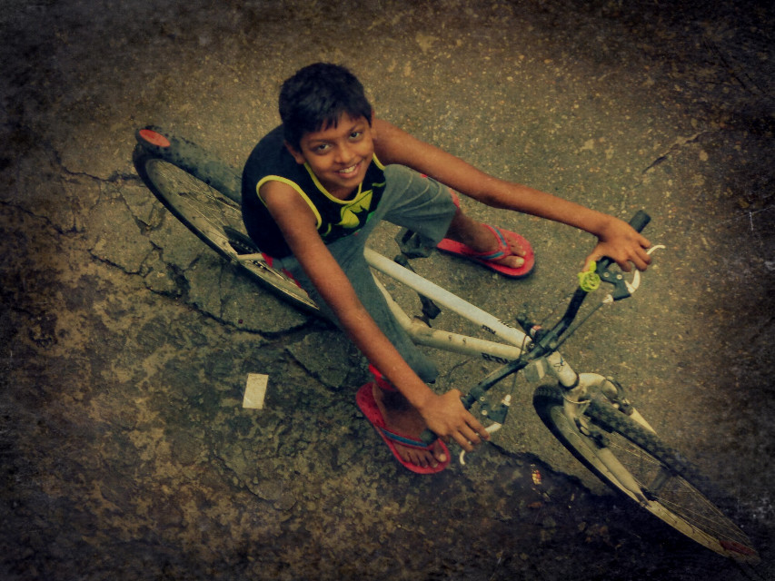 """.""""You're never fully dressed without a smile"""". #HighAngle #twilight #smile #edited #people #wppwheels #wppWheels"""